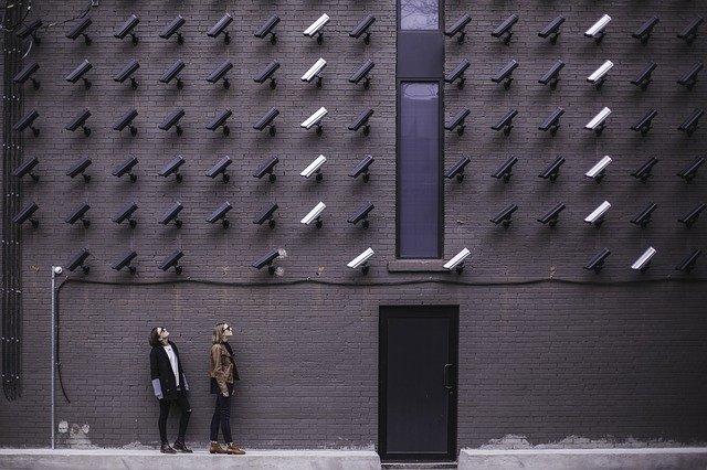"""Umor negru la guvernul de la Kremlin. Rusia își controlează cetățenii printr-un sistem """"Orwell"""""""