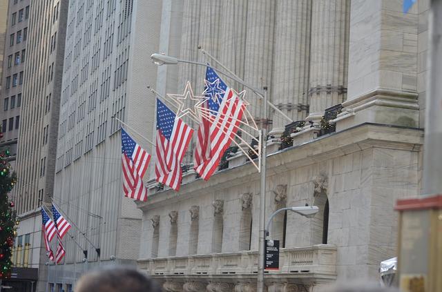 Giganții de pe Wall Street ușurați de 6 miliarde dolari printr-un protest inedit