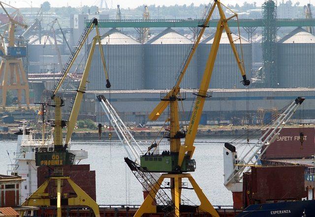 'Portul Constanța ameninţă supremaţia Portului Rotterdam' PNL are soluția: îl vinde Olandei!